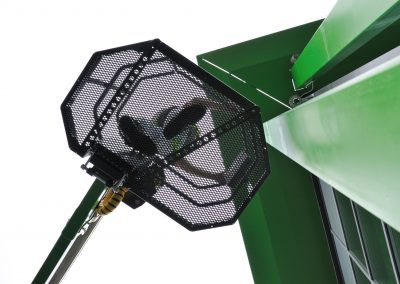 Leguan-125-4wd-sherry-picker-grid-basket