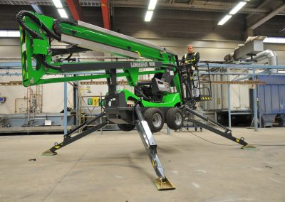 Leguan-130-spider-lift-on-factory