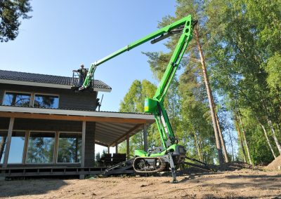 Leguan-160-spider-lift-with-tracks